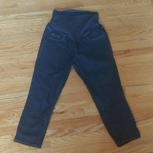 Maternity 3/4 Capri Jeans